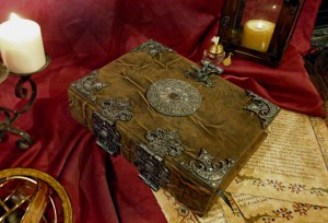 book of shadows-magick lessons and articles